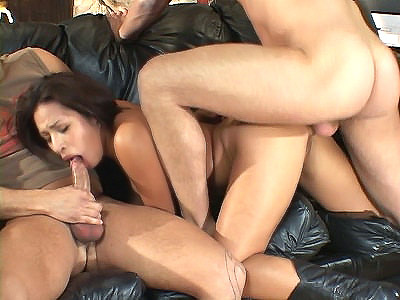Jasmine DP threesome